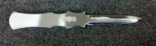 Custom handcrafted switchblades and stilettos
